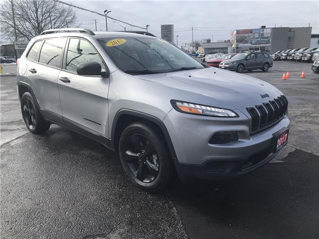 2017 Jeep Cherokee Sport (Stk: 2881A) in Windsor - Image 1 of 12
