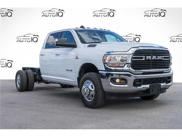 2020 RAM 3500 Chassis Tradesman/SLT/Laramie/Limited (Stk: 34219) in Barrie - Image 1 of 25