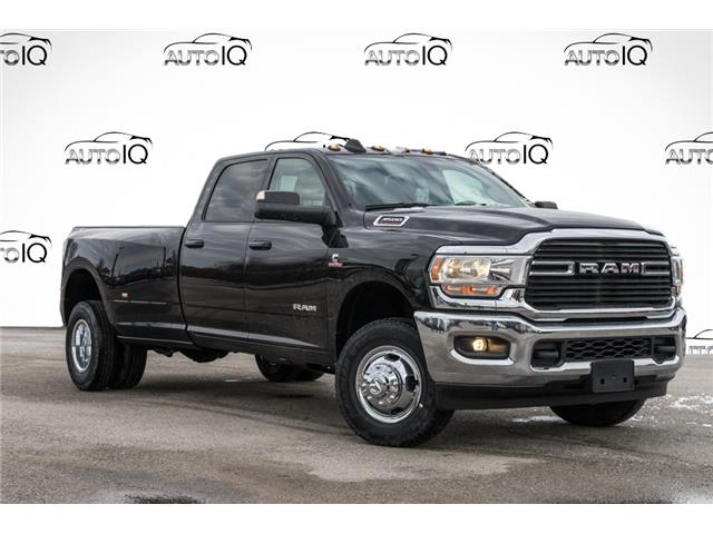 2020 RAM 3500 Big Horn (Stk: 34572) in Barrie - Image 1 of 26