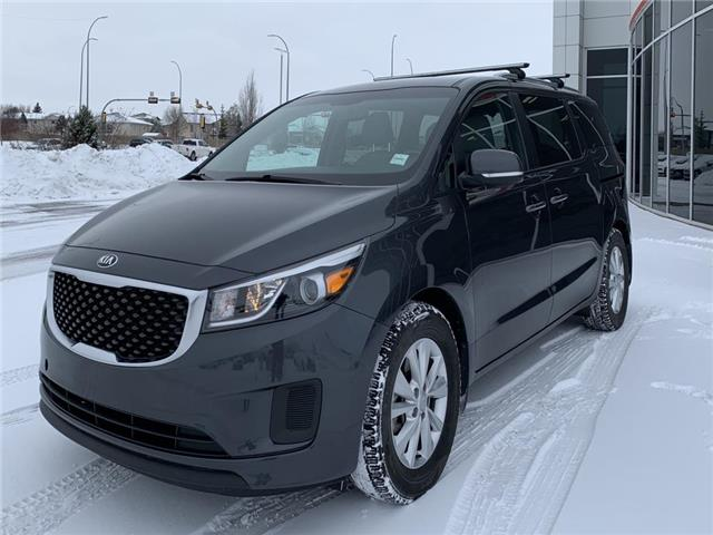 2017 Kia Sedona LX (Stk: BP3859B) in Medicine Hat - Image 1 of 22