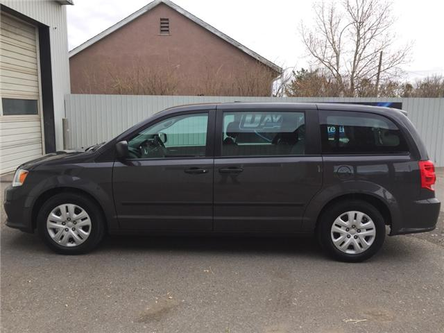 2016 Dodge Grand Caravan SE/SXT (Stk: 7616) in Fort Macleod - Image 2 of 19