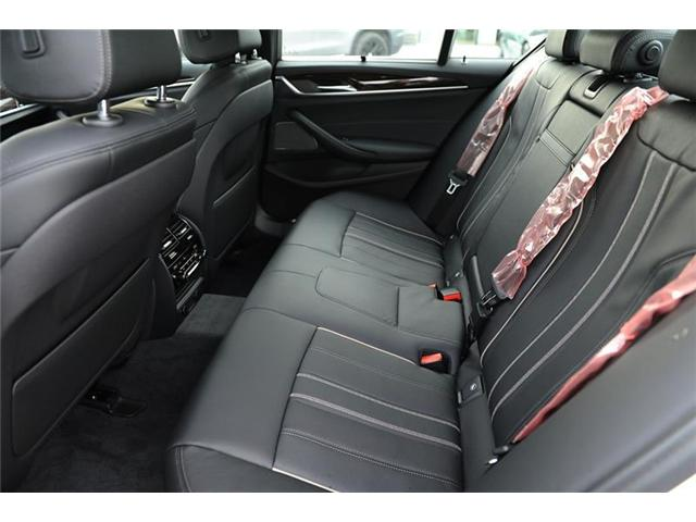 2018 BMW 530 i xDrive (Stk: 8907990) in Brampton - Image 8 of 12