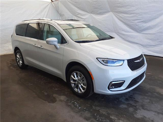 2021 Chrysler Pacifica Touring L (Stk: 211204) in Thunder Bay - Image 1 of 18