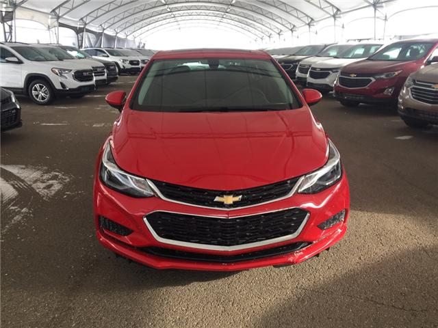 2018 Chevrolet Cruze LT Auto (Stk: 158903) in AIRDRIE - Image 2 of 24