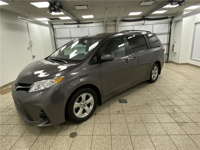 2019 Toyota Sienna LE 8-Passenger (Stk: 3416) in Cochrane - Image 1 of 19