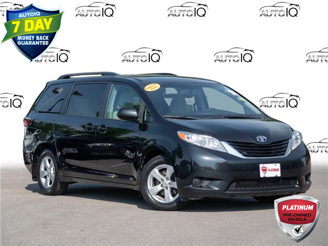 2016 Toyota Sienna LE 8 Passenger (Stk: 4038) in Welland - Image 1 of 20