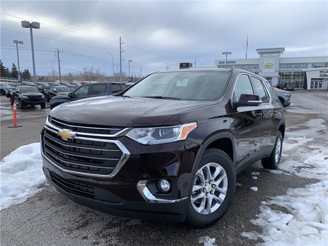 2021 Chevrolet Traverse LT Cloth (Stk: MJ144225) in Calgary - Image 1 of 27