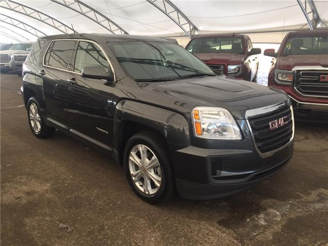 2017 GMC Terrain SLE-1 (Stk: 151967) in AIRDRIE - Image 1 of 18