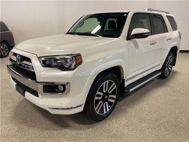 2016 Toyota 4Runner SR5 (Stk: P12542) in Calgary - Image 1 of 20