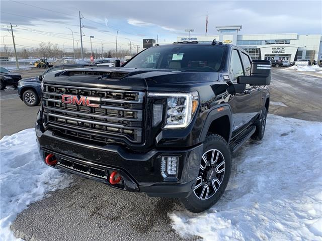 2021 GMC Sierra 2500HD AT4 (Stk: MF104359) in Calgary - Image 1 of 30