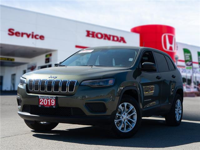 2019 Jeep Cherokee Sport (Stk: P21-036A) in Vernon - Image 1 of 11