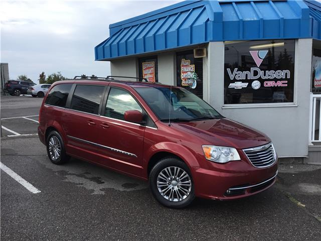 2013 Chrysler Town & Country Touring-L (Stk: 210454A) in Ajax - Image 1 of 23