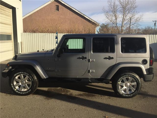 2017 Jeep Wrangler Unlimited Sahara (Stk: 11690) in Fort Macleod - Image 2 of 20