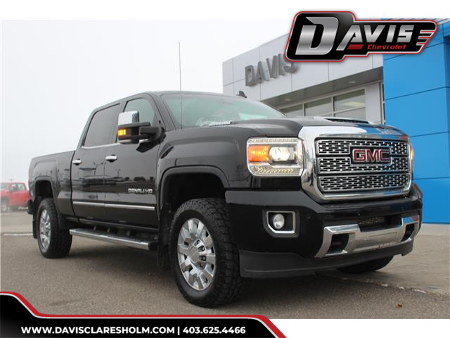 2018 GMC Sierra 2500HD Denali (Stk: 189485) in Claresholm - Image 1 of 25