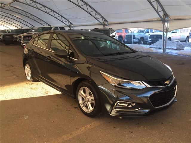 2018 Chevrolet Cruze LT Manual (Stk: 159951) in AIRDRIE - Image 1 of 25
