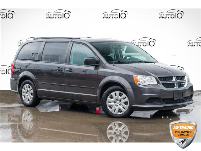 2015 Dodge Grand Caravan SE/SXT (Stk: 27672U) in Barrie - Image 1 of 21