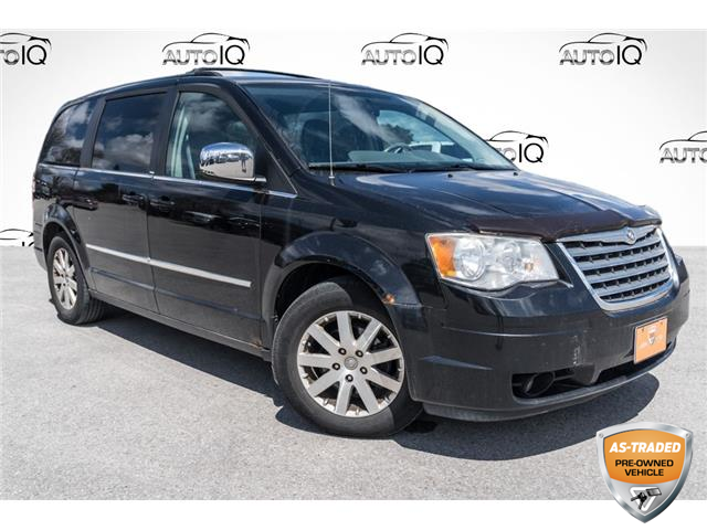 2009 Chrysler Town & Country Touring (Stk: 34734CUXZ) in Barrie - Image 1 of 20