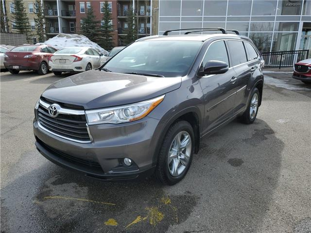 2016 Toyota Highlander Limited (Stk: K8221) in Calgary - Image 1 of 23