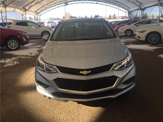 2018 Chevrolet Cruze LS Manual (Stk: 160468) in AIRDRIE - Image 2 of 21