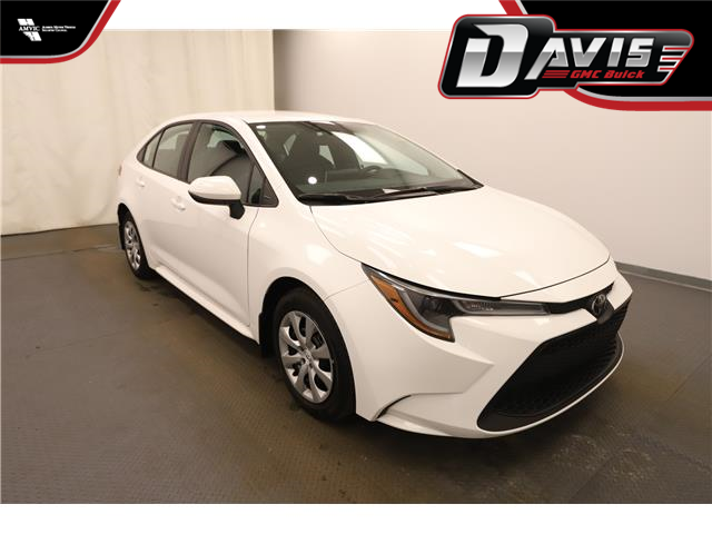 2020 Toyota Corolla LE (Stk: 215451) in Lethbridge - Image 1 of 30