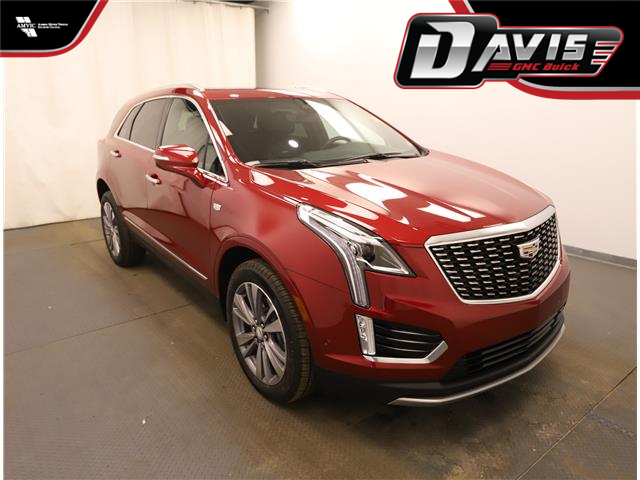 2020 Cadillac XT5 Premium Luxury (Stk: 223792) in Lethbridge - Image 1 of 32