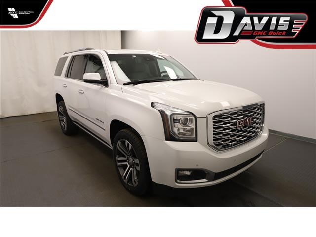 2018 GMC Yukon Denali (Stk: 185886) in Lethbridge - Image 1 of 32
