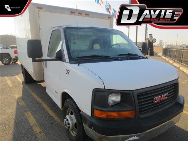 2007 GMC Savana Special Standard (Stk: 224443) in Lethbridge - Image 1 of 15