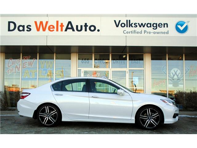 2016 Honda Accord Touring (Stk: V6612) in Saskatoon - Image 2 of 25