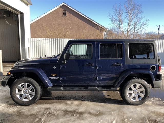 2013 Jeep Wrangler Unlimited Sahara (Stk: 8077) in Fort Macleod - Image 2 of 18