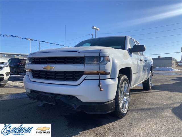 2017 Chevrolet Silverado 1500 Silverado Custom (Stk: M023A) in Thunder Bay - Image 1 of 19