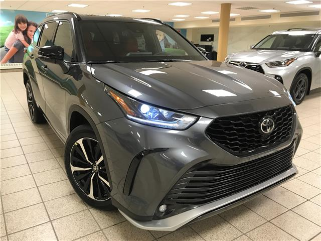 2021 Toyota Highlander XSE (Stk: 210443) in Calgary - Image 1 of 24