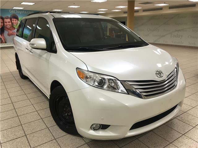 2013 Toyota Sienna XLE 7 Passenger (Stk: 210064AA) in Calgary - Image 1 of 27