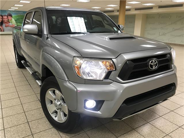 2015 Toyota Tacoma V6 (Stk: 5949) in Calgary - Image 1 of 20