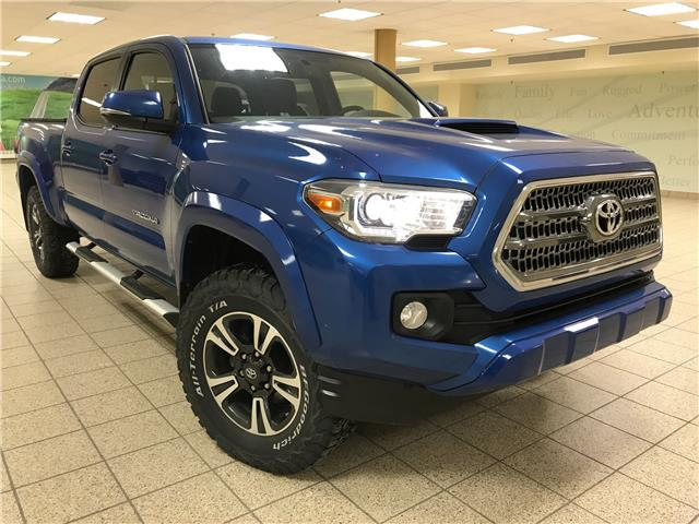 2017 Toyota Tacoma  (Stk: 210757A) in Calgary - Image 1 of 20