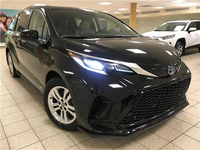 2021 Toyota Sienna  (Stk: 210811) in Calgary - Image 1 of 20