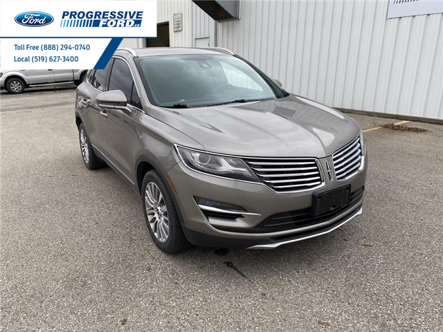 2017 Lincoln MKC Reserve (Stk: HUL01374) in Wallaceburg - Image 1 of 16