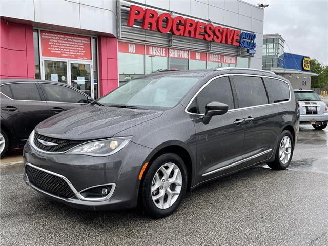2018 Chrysler Pacifica Touring-L Plus (Stk: JR330145) in Sarnia - Image 1 of 22