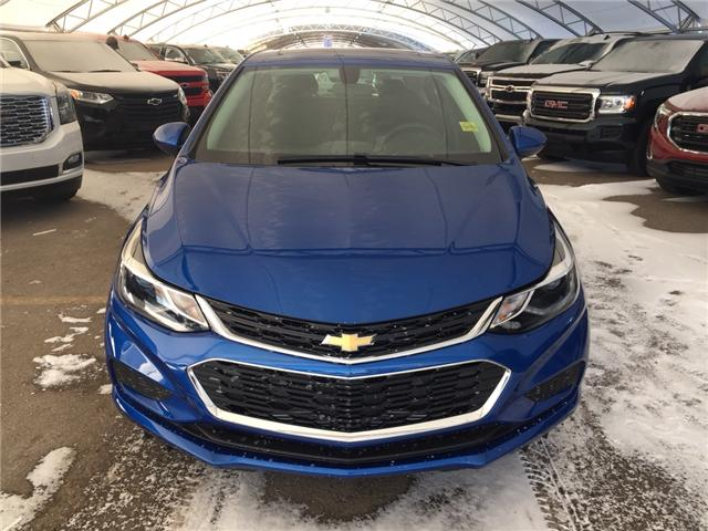 2018 Chevrolet Cruze LT Auto (Stk: 161649) in AIRDRIE - Image 2 of 24