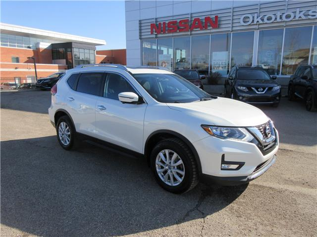 2017 Nissan Rogue SV (Stk: 11322) in Okotoks - Image 1 of 28