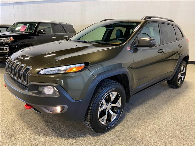 2015 Jeep Cherokee Trailhawk (Stk: P12603) in Calgary - Image 1 of 24