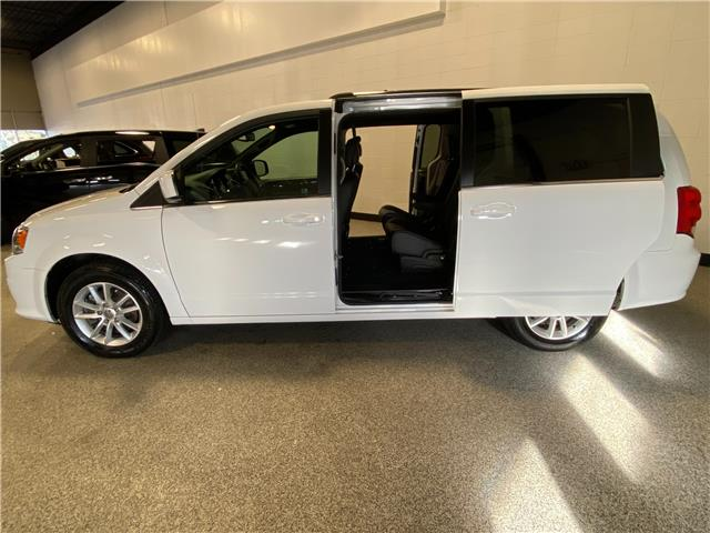 2018 Dodge Grand Caravan CVP/SXT (Stk: P12514) in Calgary - Image 1 of 19