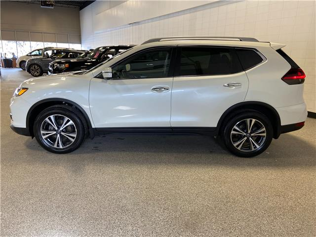 2019 Nissan Rogue SV (Stk: P12605) in Calgary - Image 1 of 25