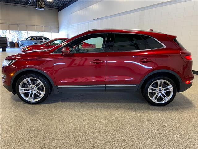 2015 Lincoln MKC Base (Stk: P12636) in Calgary - Image 1 of 21