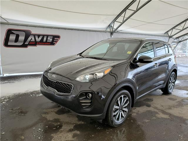 2017 Kia Sportage EX (Stk: 190434) in AIRDRIE - Image 1 of 23