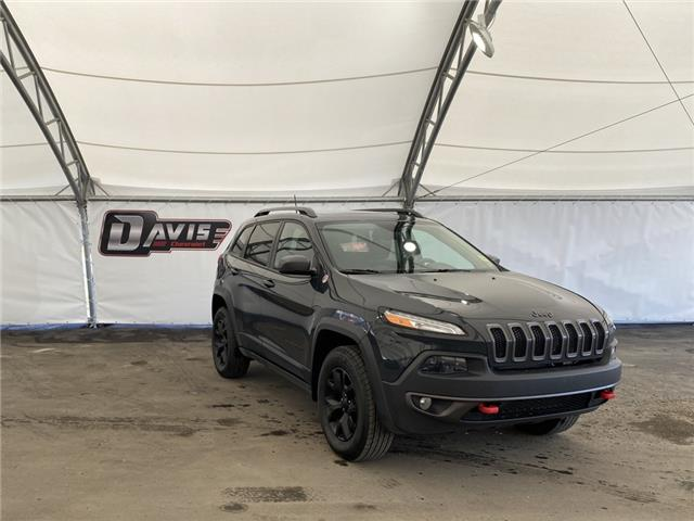 2017 Jeep Cherokee Trailhawk (Stk: 190519) in AIRDRIE - Image 1 of 17