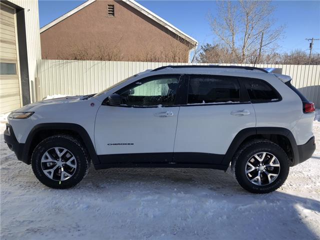 2018 Jeep Cherokee Trailhawk (Stk: 12409) in Fort Macleod - Image 2 of 17