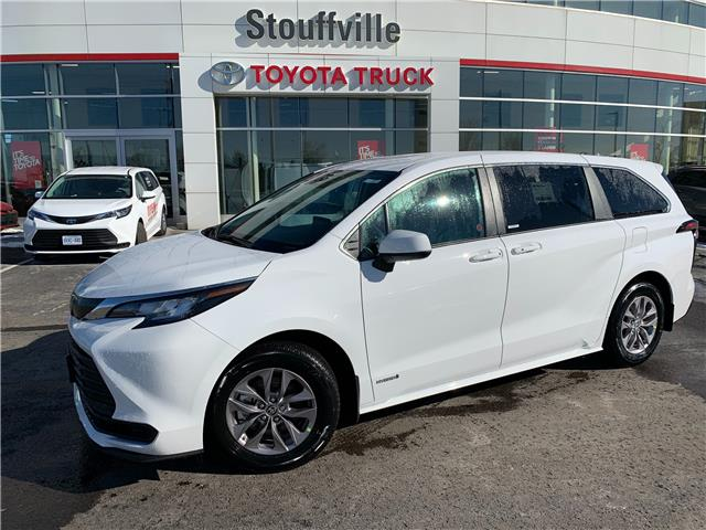 2021 Toyota Sienna LE 8-Passenger (Stk: 210360) in Whitchurch-Stouffville - Image 1 of 28