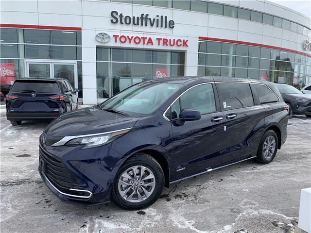 2021 Toyota Sienna XLE 8-Passenger (Stk: 210386) in Whitchurch-Stouffville - Image 1 of 26