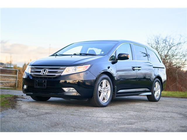 2012 Honda Odyssey Touring (Stk: VW1212) in Vancouver - Image 1 of 22