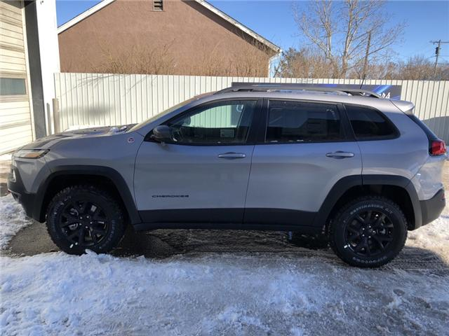 2018 Jeep Cherokee Trailhawk (Stk: 12431) in Fort Macleod - Image 2 of 19